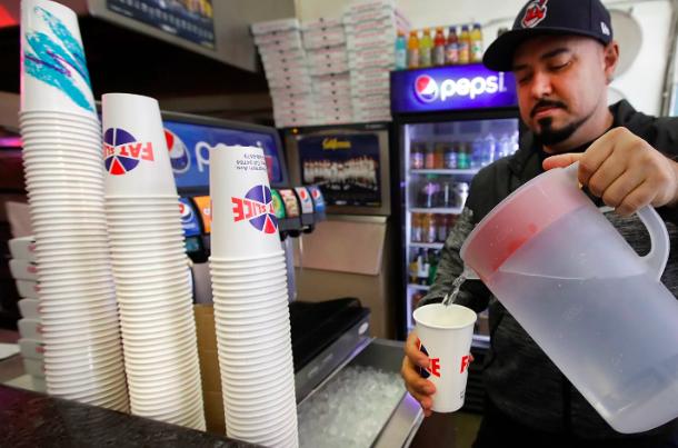 廣推環保杯!加州柏克萊2020年免洗杯收8元