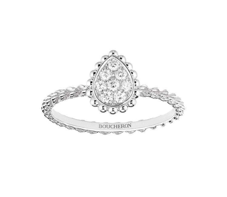 水川麻美配戴的Serpent Bohème系列18K白金鑲鑽戒指,95,500元...