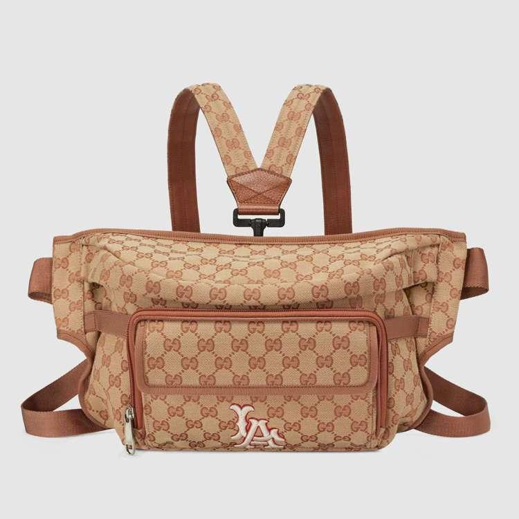 LA Angels™紐約洋基隊貼飾腰包,37,800元。圖/Gucci提供