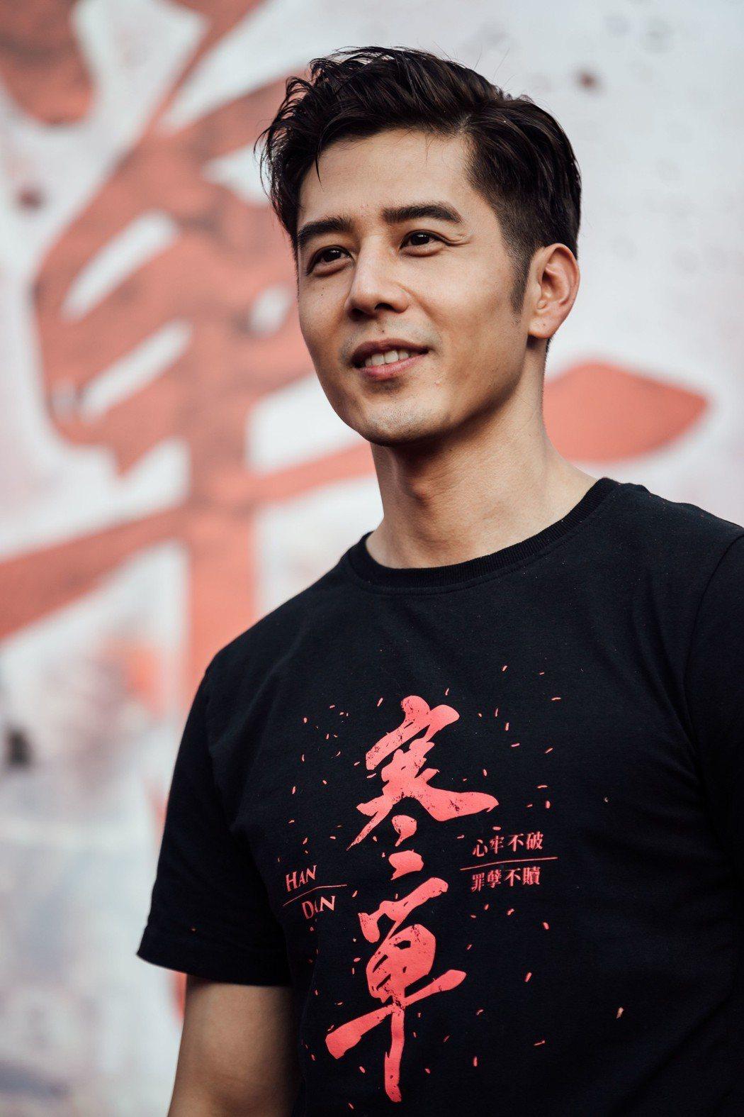 胡宇威為了「寒單」宣傳跑遍台灣的東部、北部與南部。圖/想亮影藝提供
