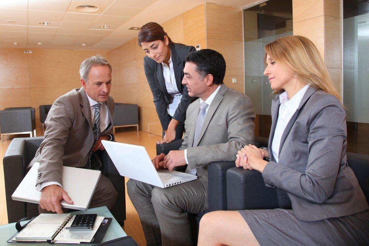 勞動部公布的2019年勞動條件落實法遵實施計畫,明確指出今年對小企業以法遵訪視替...