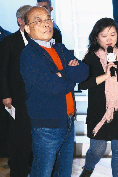 行政院長蘇貞昌上午出席活動時,輕鬆回應要小編罰寫10遍。 記者葉信菉/攝影