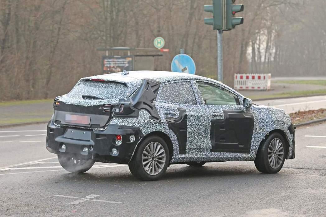 以Ford Fiesta為基礎打造的全新SUV,未來在歐洲市場並不會取代現行的E...