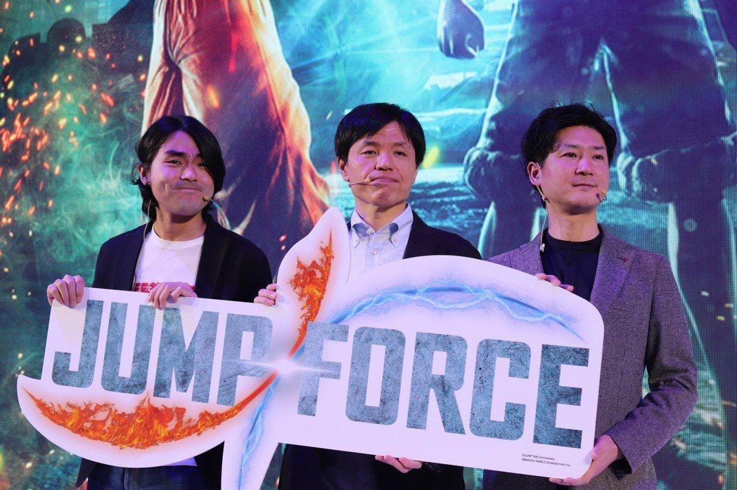 製作人中島光司,開發團隊Spike Chunsoft的金子裕幸、角谷佐壽。(從左...