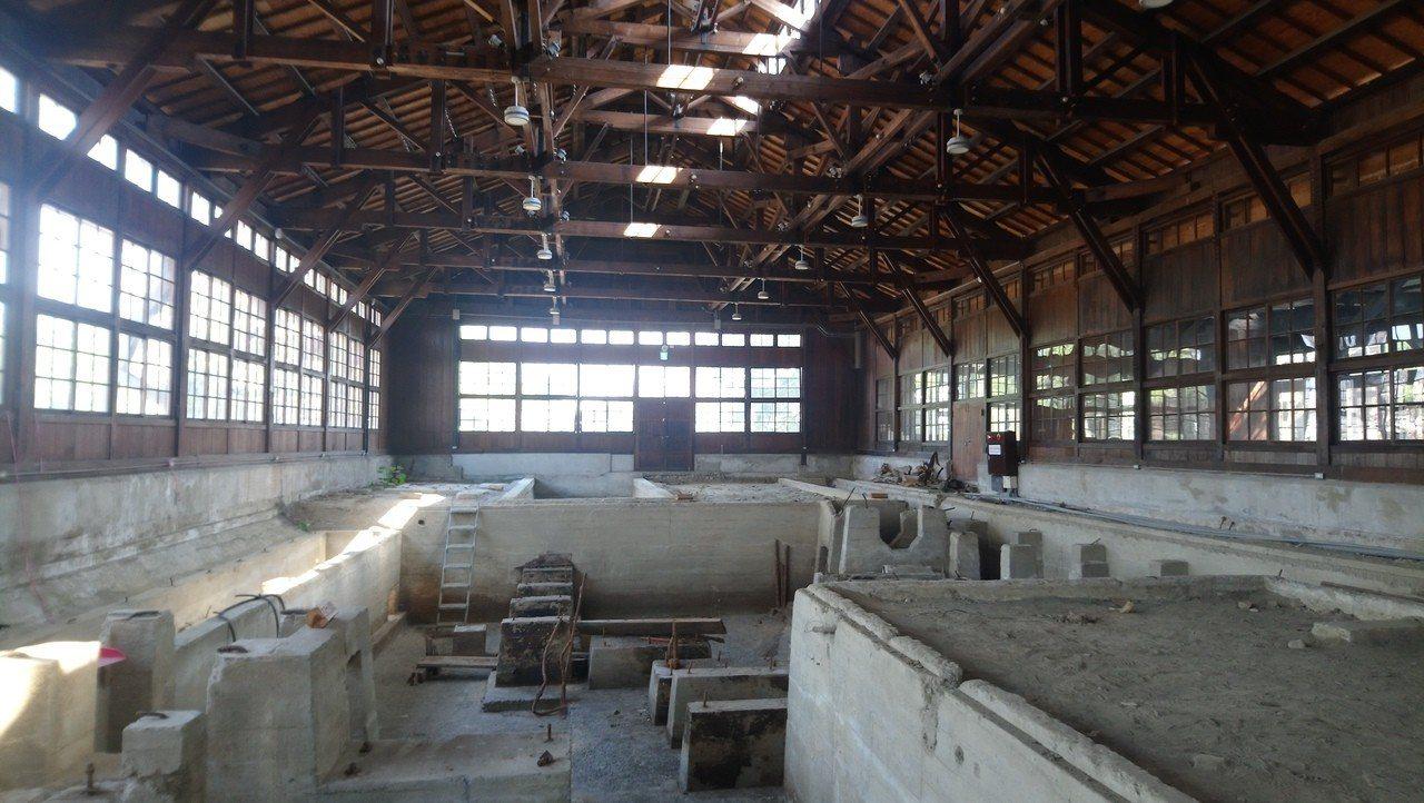 百年嘉義製材所挖掘出來的地下構造古蹟。記者謝恩得/攝影