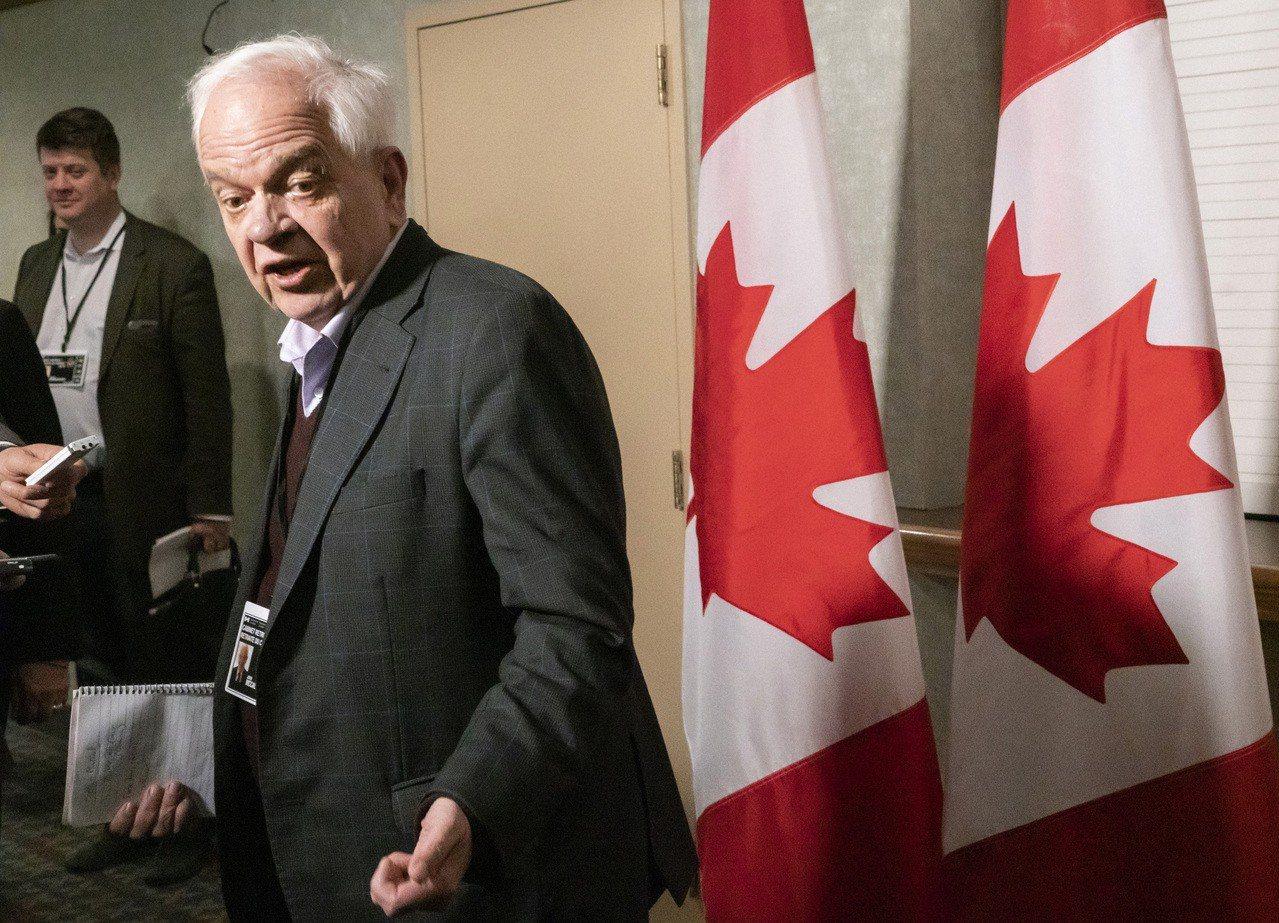 加拿大駐中國大使麥家廉24日為自己的失言道歉,他前一天稱中國華為技術公司財務長孟...