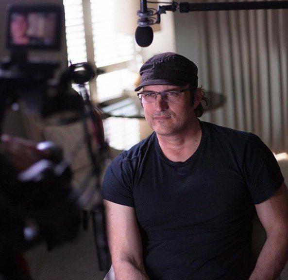 勞勃羅里葛茲曾拍過許多經典動作片,此次的「艾莉塔:戰鬥天使」是他首度執導大成本特...