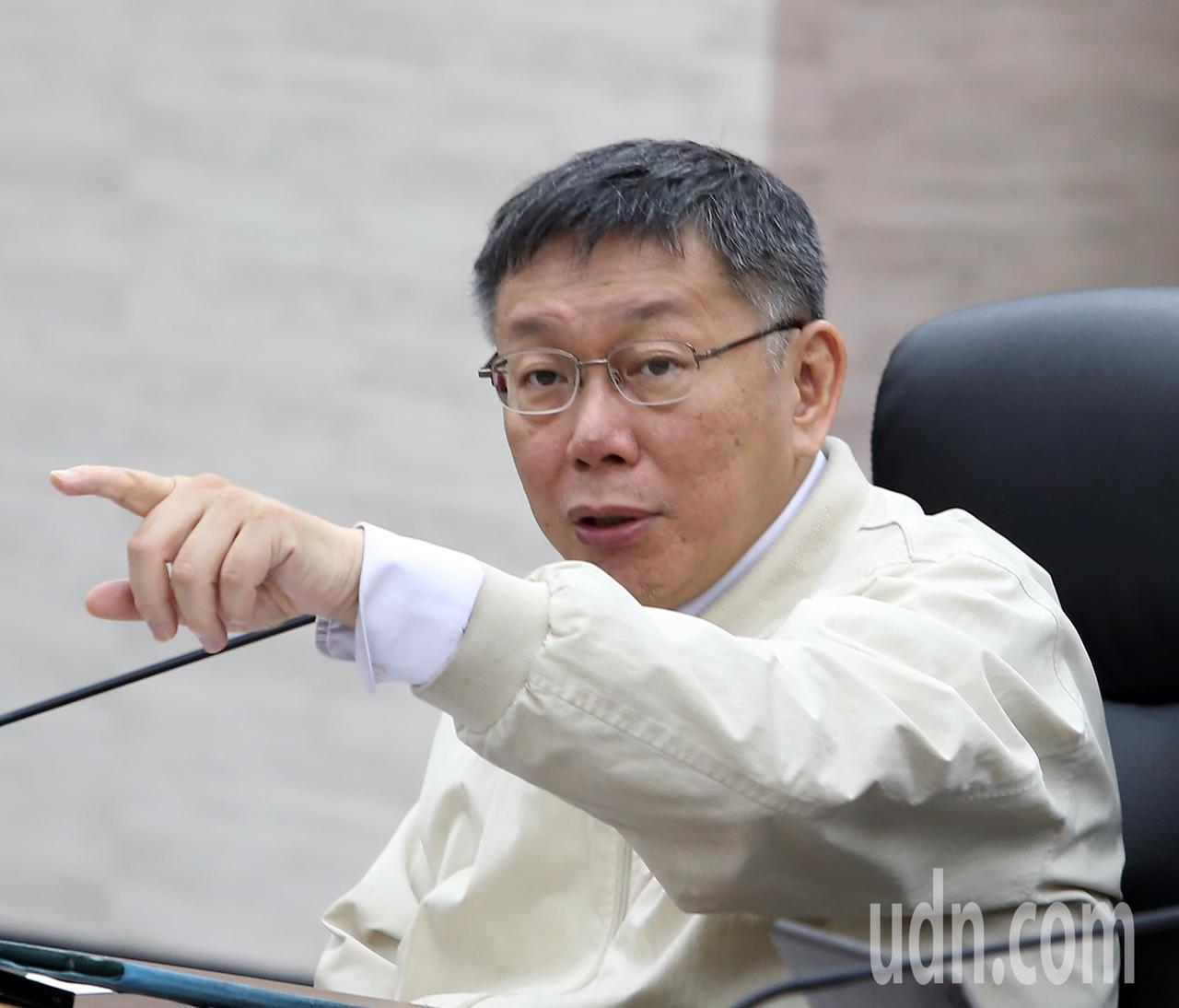 前民進黨立委沈富雄認為韓流不可能站在柯文哲這一邊,直言柯文哲2020絕對選不上。...