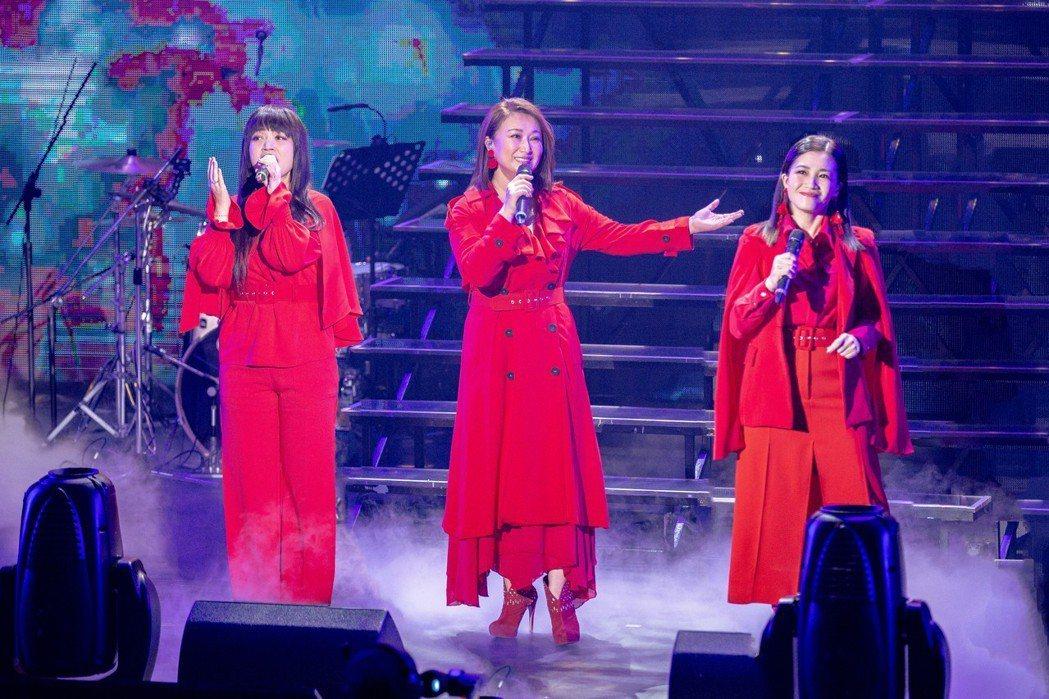 左起秀蘭瑪雅、王瑞霞、黃妃。圖/米樂士娛樂提供