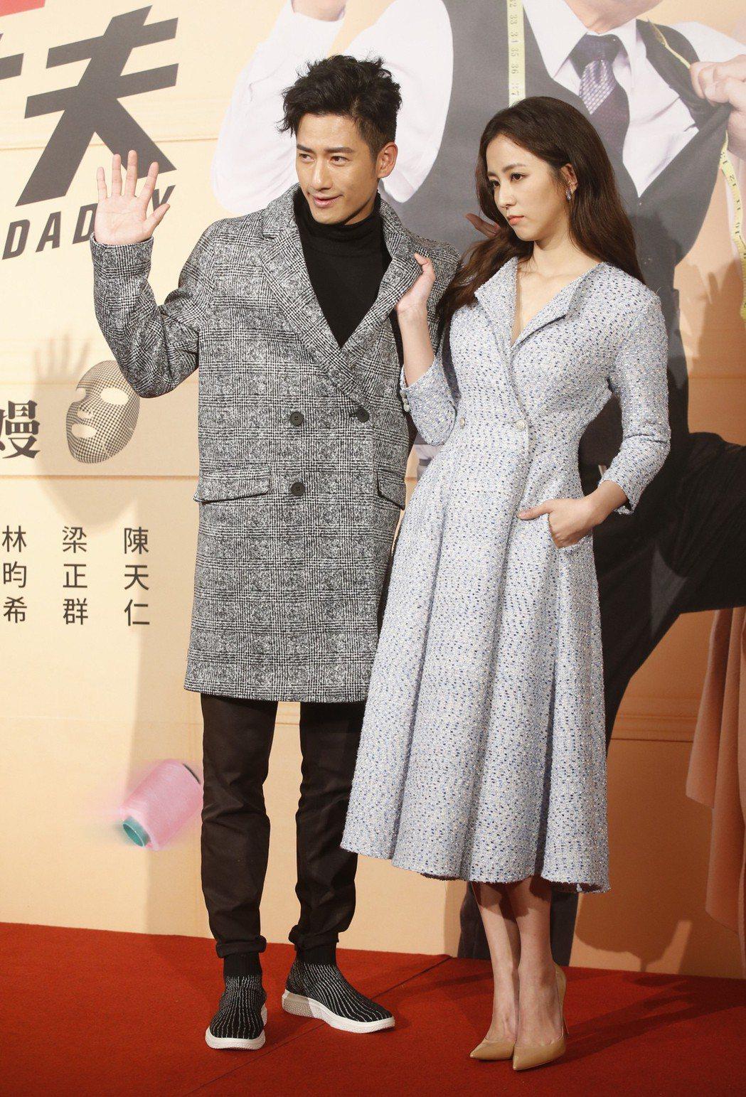三立新八點華劇「必勝大丈夫」男女主角周孝安(左)與周曉涵(右)。 本報資料照片