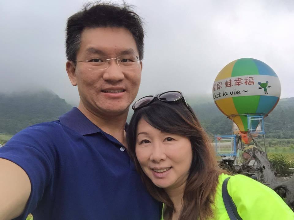 童仲彥(左)與前妻李秀環(右)。圖/截攝自童仲彥臉書