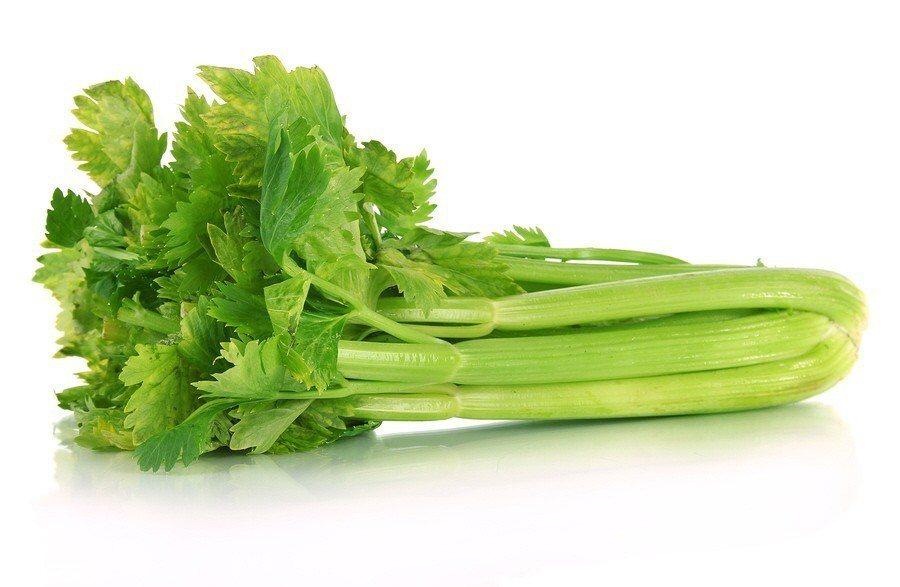 農業藥物毒物試驗所日前公布106年蔬果農藥殘留監測報告,報告中顯示,蔬菜類以芹菜...