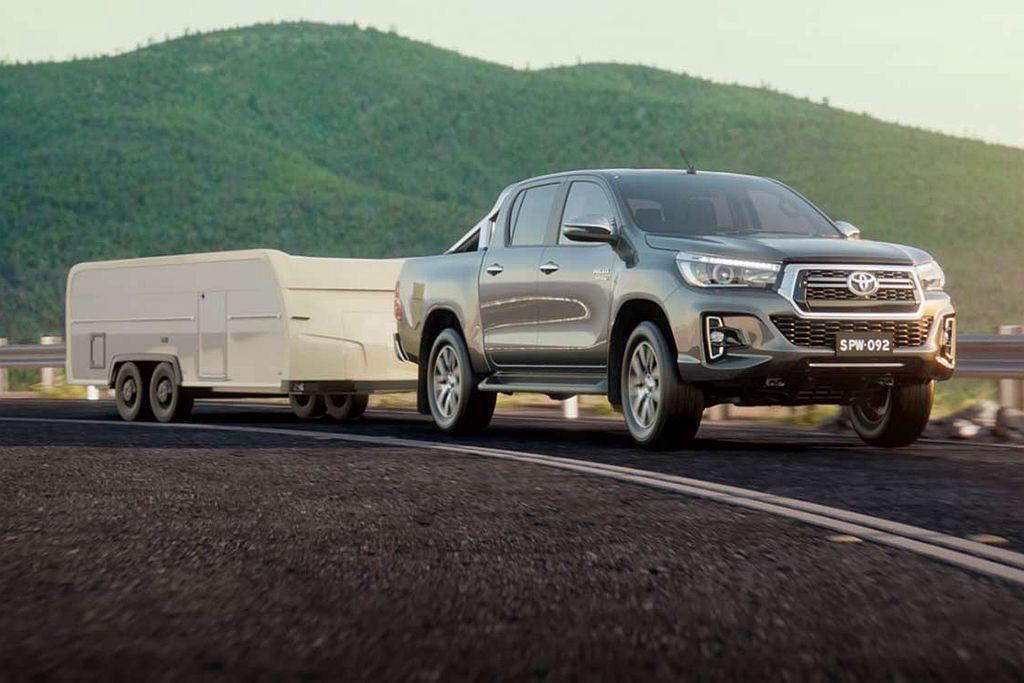 Toyota Hilux後貨斗具備500kg承載能力外,拖曳能力為3,500kg...