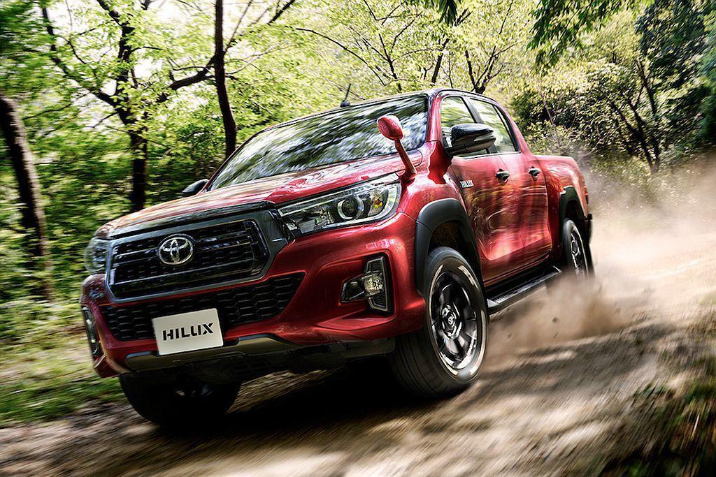 日規Toyota Hilux最多配上7具防護氣囊外,高階車型還有自動緊急煞車(附...