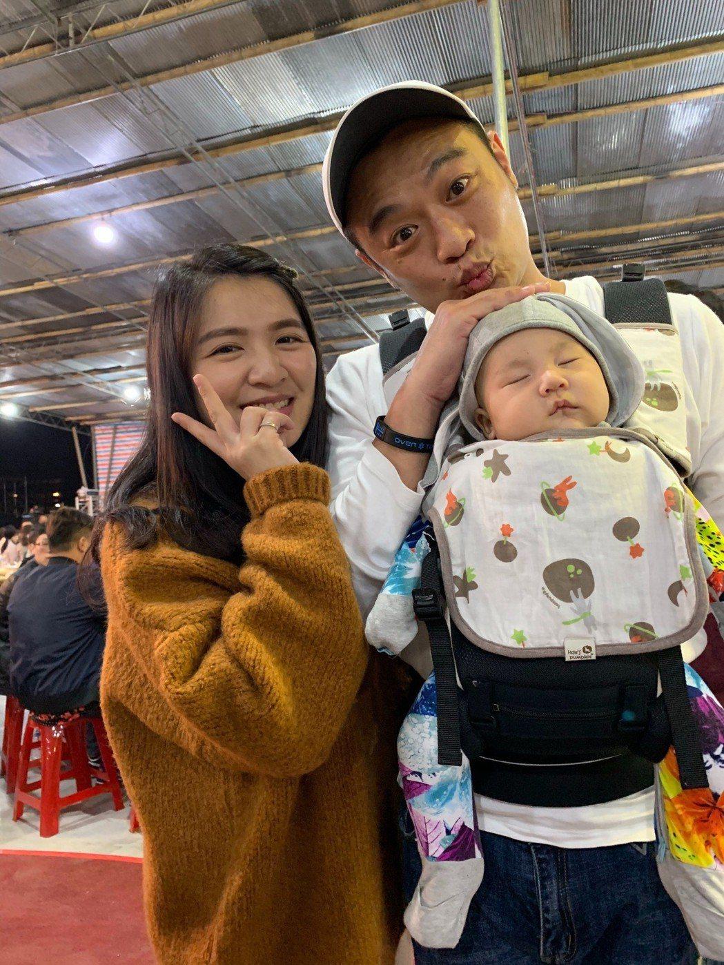 林佑星帶老婆、女兒出席三立尾牙。記者陳慧貞/攝影