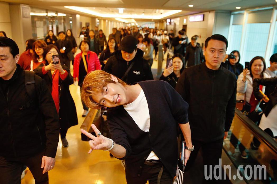韓星李準基中午抵台。記者鄭超文/攝影