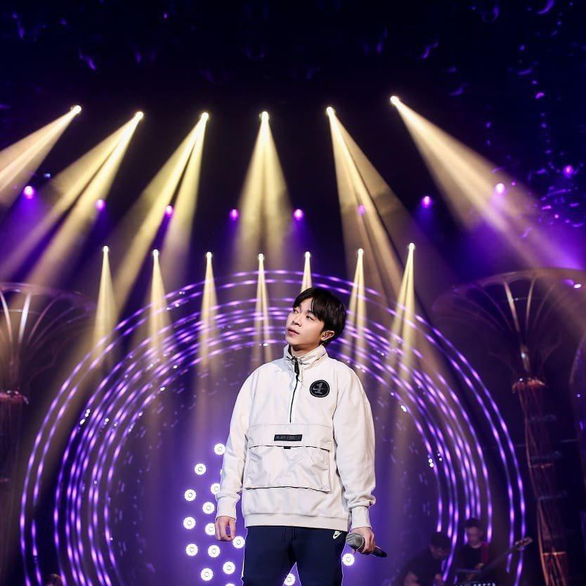 吳青峰在「歌手2019」表現極佳。圖/摘自臉書