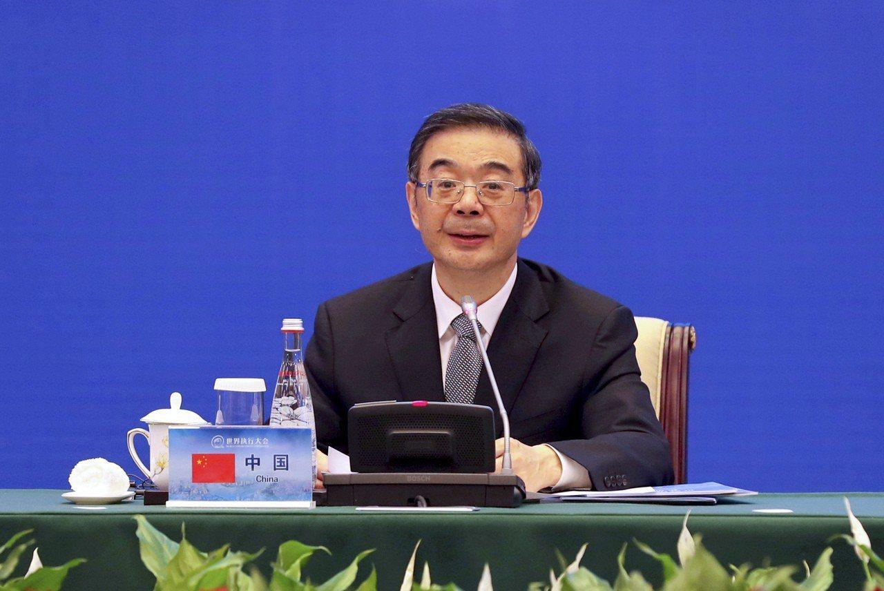 中國最高人民法院中共黨組25日召開民主生活會,由陷入卷宗丟失案疑雲的院長周強主持...