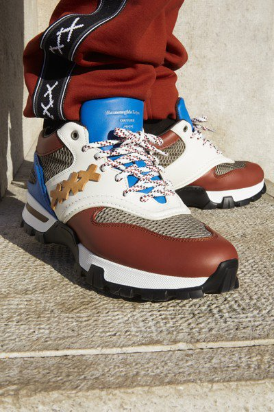 Ermenegildo Zegna春夏My Cesare運動鞋,約25,300元...