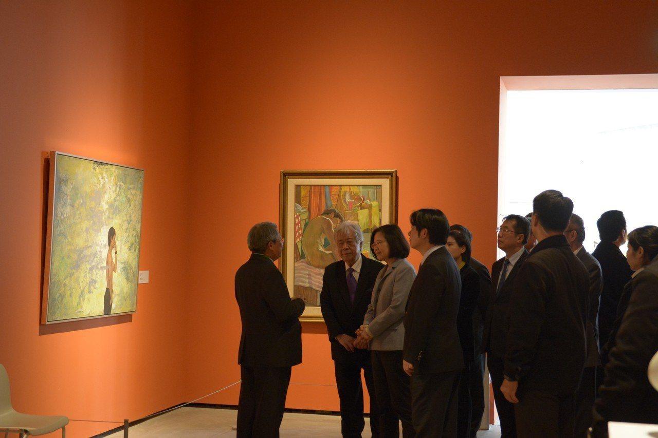 南美館下午開幕總統蔡英文到場參觀祝賀。圖/南美館提供