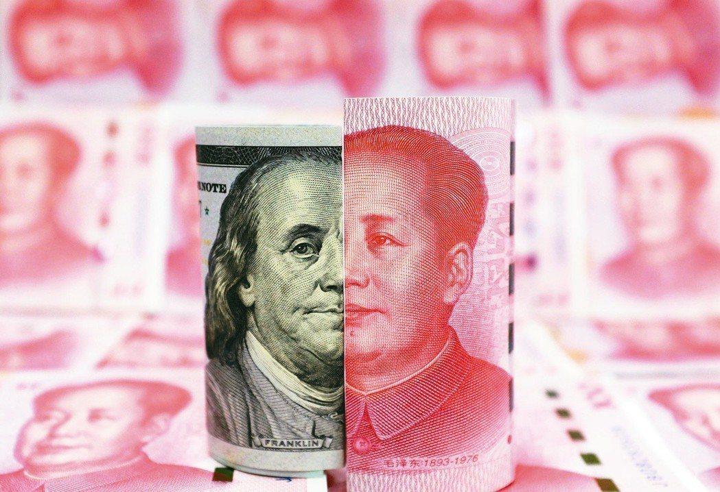 聯準會升息步調可能放慢,美元大幅上揚機率降低,一銀主管認為,今年資產配置要靈活調...
