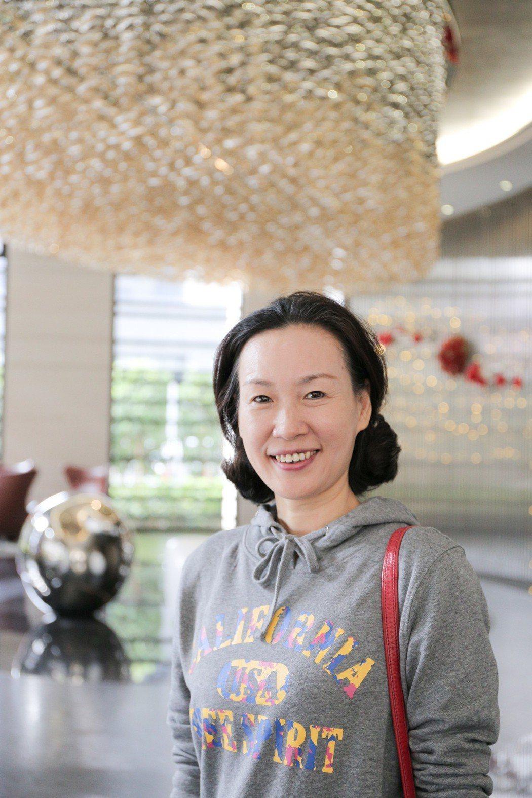 台商太太朱小姐喜歡「京城鉅誕」的地段及格局,尤其對飯店式管理的物業品質特別滿意。...