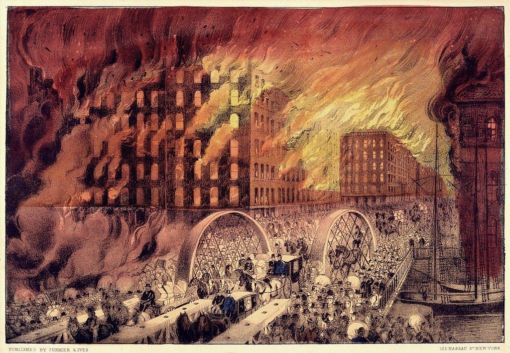摩天大樓的誕生要從19世紀芝加哥的一場大火講起。在這場大火之後,芝加哥如同鳳凰浴...