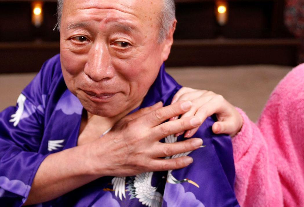 日韓兩國的獨居老人在兩到三成左右,人際隔離會削弱社會規範的約束力。為了應對情勢,...