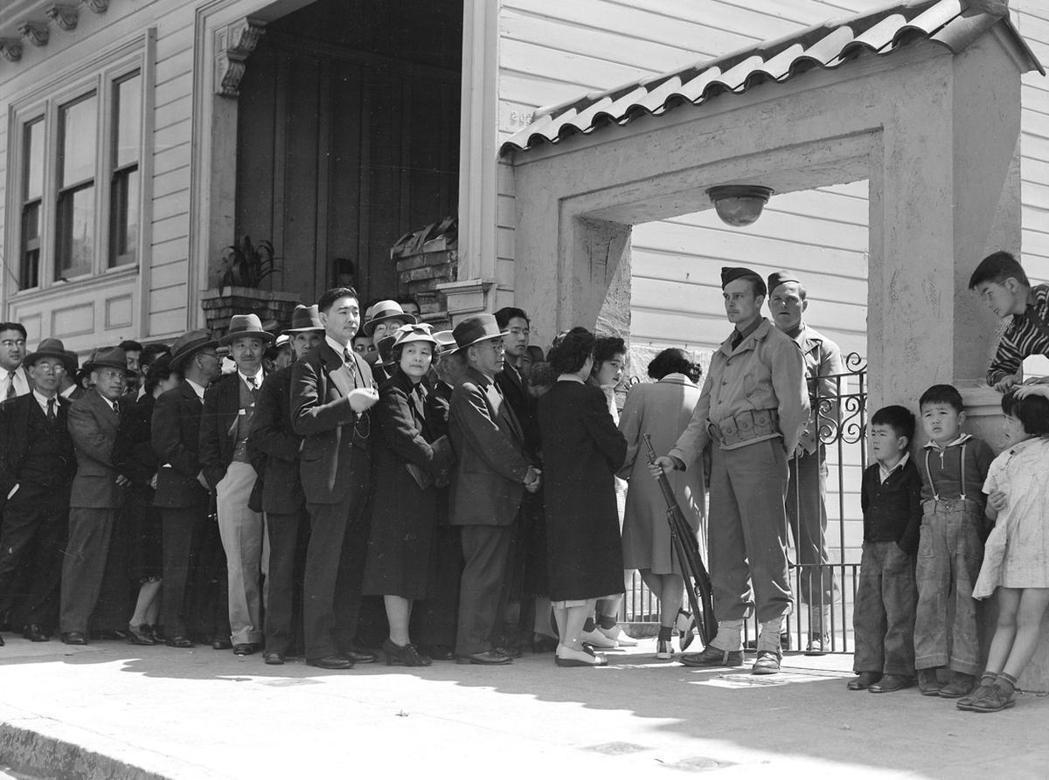 美國政府甚至連遠在阿拉斯加的日裔美國人也不放過,要求一些拉丁美洲國家(如秘魯)將...