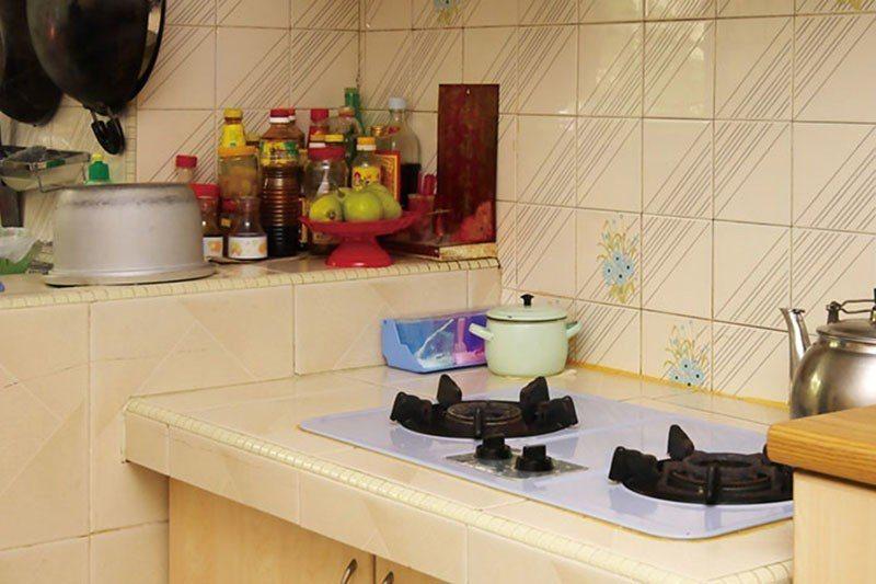 灶神雖坐鎮於廚房,但卻不管用火或廚房之事,主要為觀察並記錄住家整年的言行。