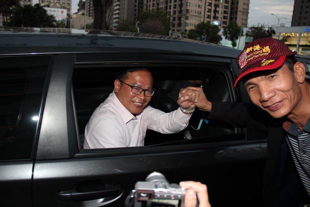 台中立委補選民進黨落敗,候選人王義川表示,會繼續關心交通議題。圖/王義川提供