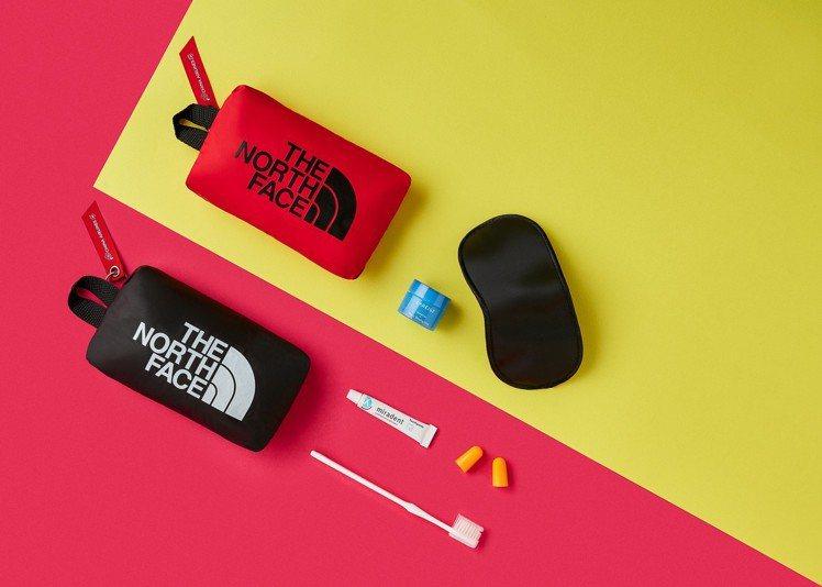 華航首度與戶外運動品牌The North Face合作,推出全新機上盥洗包。圖/...