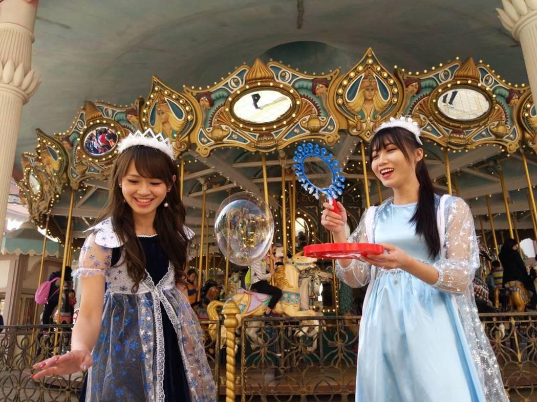 甜蜜魔宮要遊客進入「公主的泡泡夢境」,全新奇幻的必拍景點。 圖/六福村提供