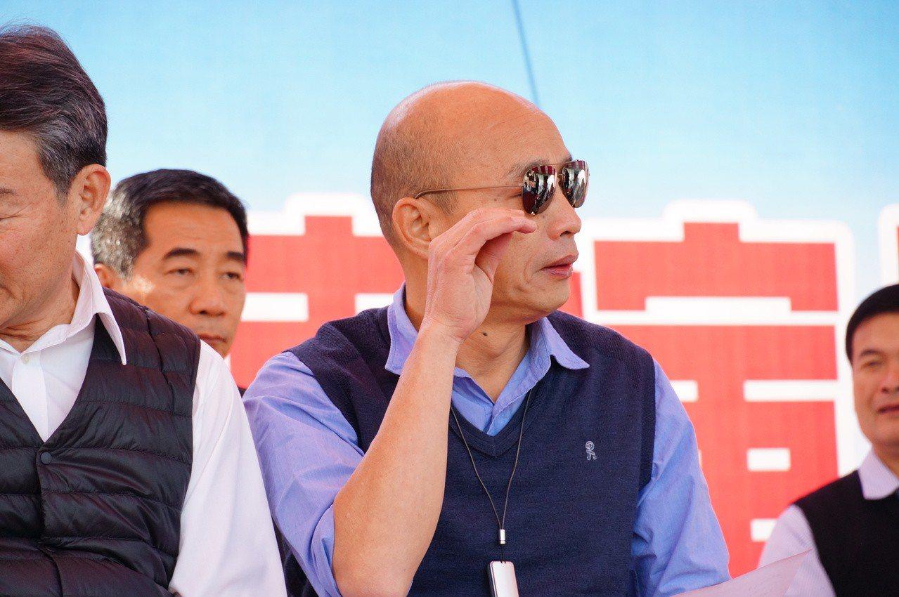 高雄市長韓國瑜常以自己禿頭自嘲,反讓許多民眾想摸。記者林伯驊/攝影