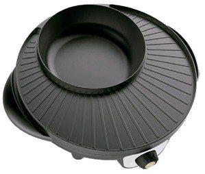 松井日月型涮烤圍爐鍋。 燦坤╱提供