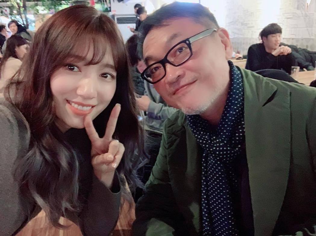 朴信惠與鄭民成合照。圖/擷自instagram。