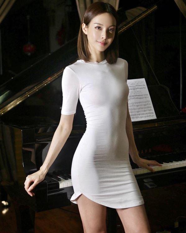 來自馬來西亞的鋼琴家李元玲,同時還是名芭蕾舞者、演員。 圖擷自李元玲IG