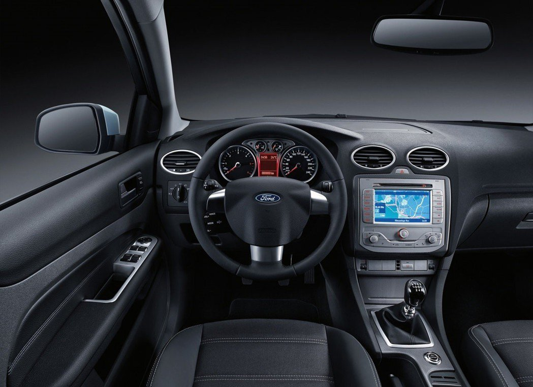 二代Focus中控內裝配置。 摘自Ford