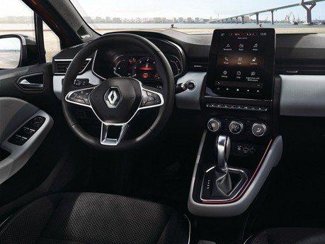 影/新世代Renault Clio座艙導入高科技配備!