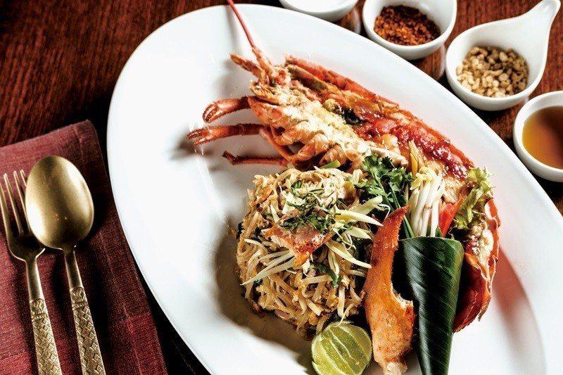 泰式明蝦炒粿條。