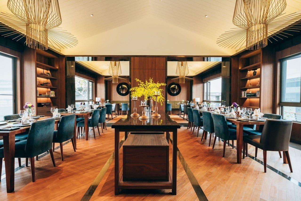 泉月廳的用餐環境雅致又溫馨