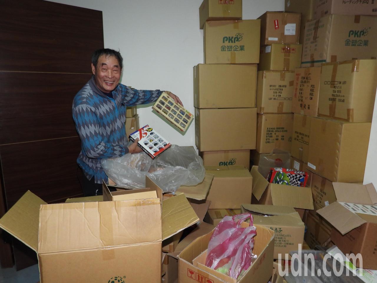 王高榮的密室還有數以萬計裝箱未開封模型車。記者周宗禎/攝影
