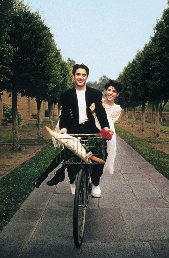 小勞勃道尼與瑪麗莎托梅在義大利的美麗鄉間拍攝「我心屬於你」。圖/摘自imdb