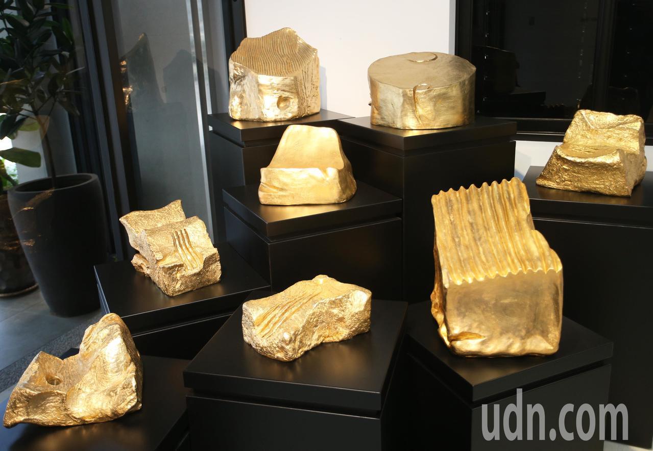 蕭勤大師創作的雕塑作品。記者劉學聖/攝影
