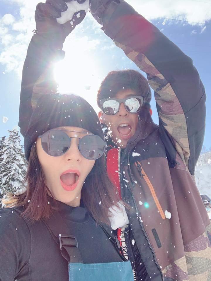 賈靜雯分享滑雪初體驗。圖/摘自臉書