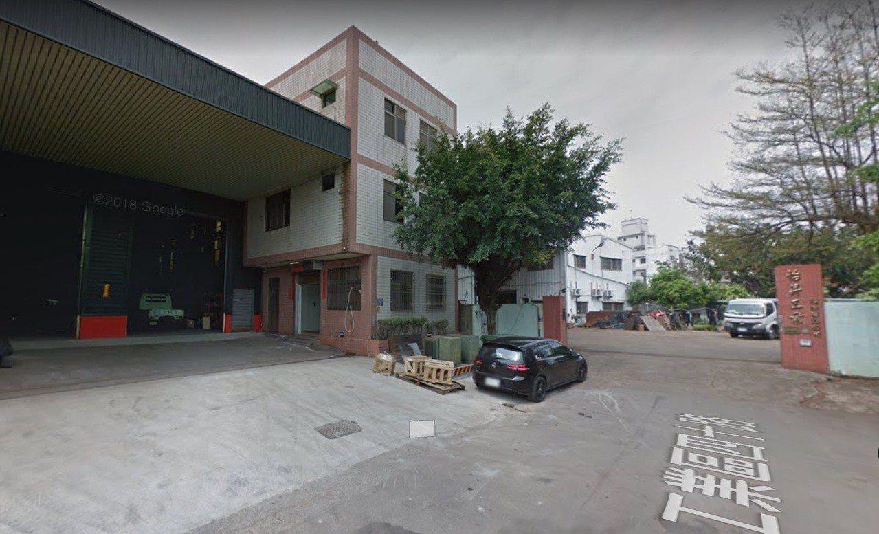 台中工業區工業40路今天上午有工廠傳出工人墜樓意外。圖/摘自google map