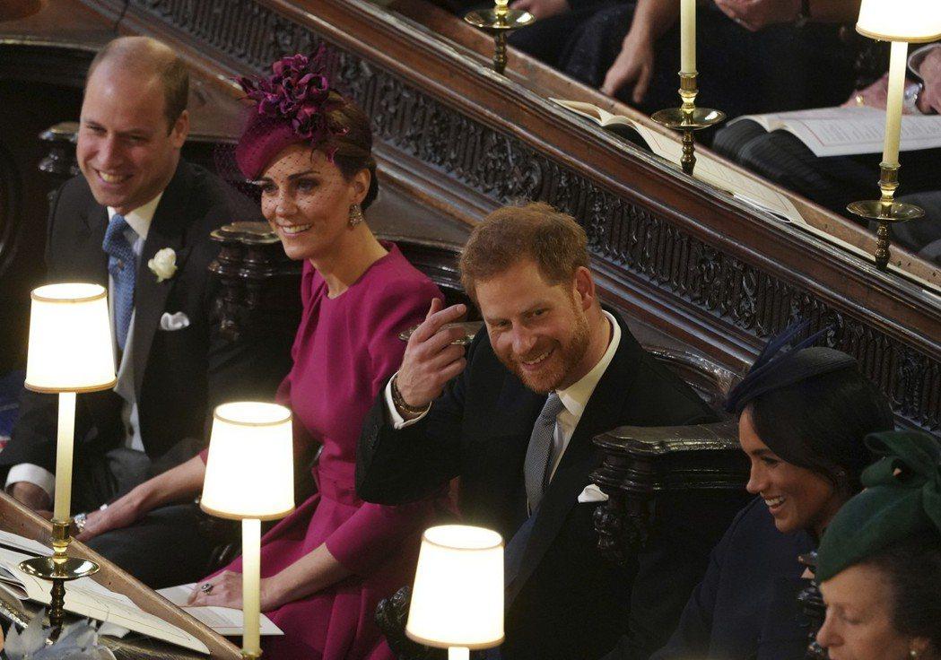 威廉王子(左起)、王子妃凱特、哈利王子及王子妃梅根一同出席尤金妮公主大婚。(美聯...