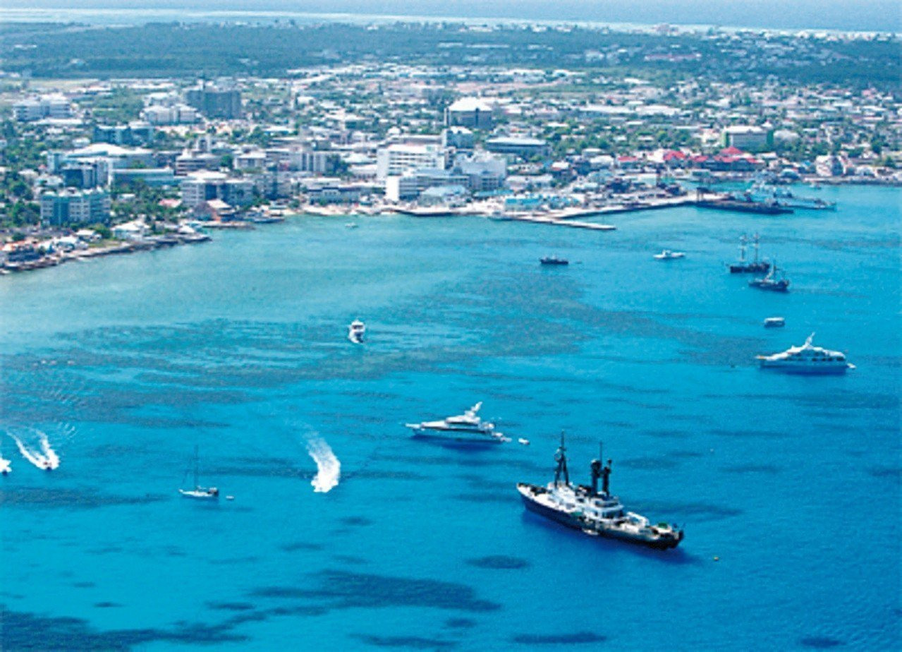 被視為免稅天堂的開曼群島等,已經陸續立法引進經濟實質要求,台商設立紙上公司避稅將...