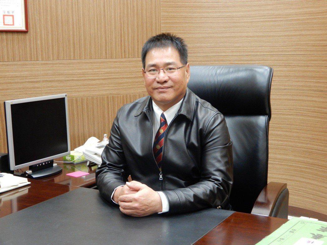 交大EMBA校友會理事長陳百欽。 翁永全/攝影