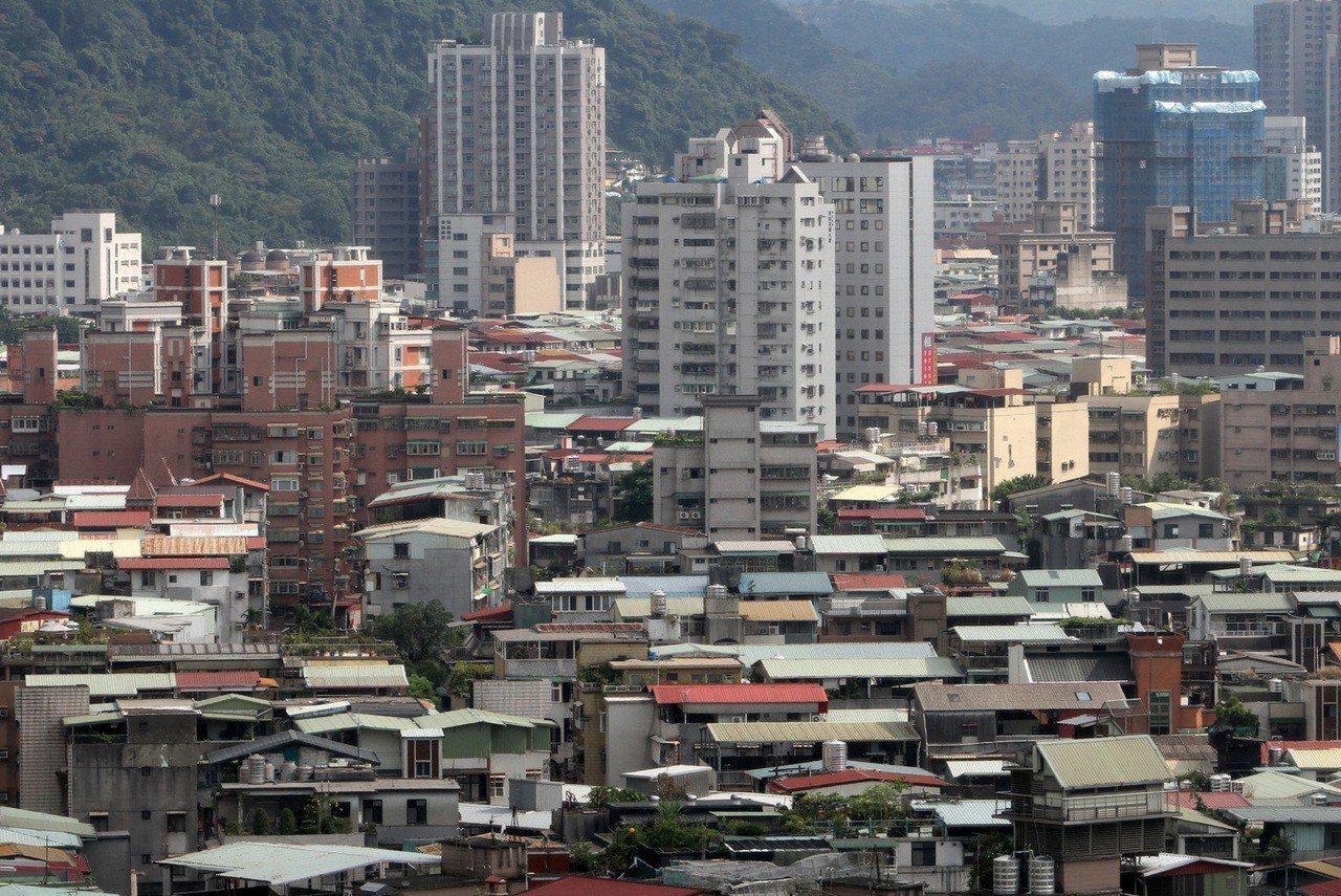 1月中古屋表現不俗,台灣房屋集團統計內部成交行情,交易量較上月增溫,其中以台北增...